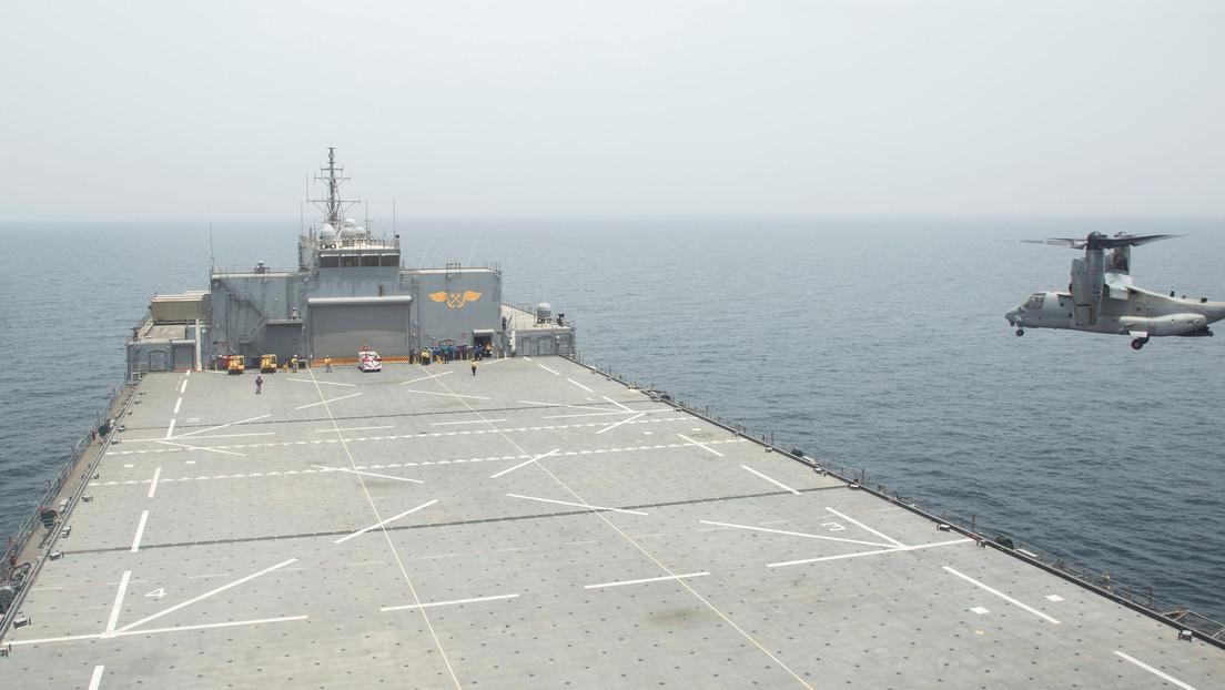 """VIDEO, FOTOS: 11 embarcaciones iraníes realizan """"acercamientos peligrosos"""" a seis buques de guerra de EE.UU. en el golfo Pérsico"""