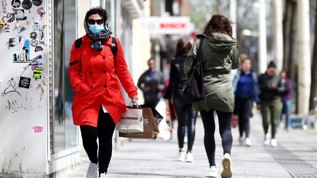 """La OMS advierte que Europa aún está """"en el ojo de la tormenta"""" del coronavirus mientras algunos países empiezan a levantar las restricciones"""
