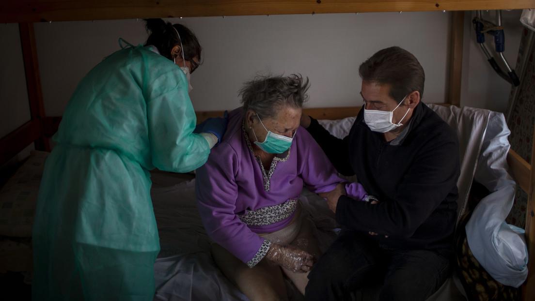 Aumentan las cifras diarias de coronavirus en España: 5.252 nuevos casos y 585 fallecidos