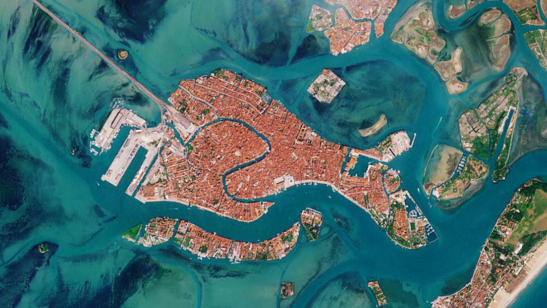 Imágenes de la NASA muestran los canales vacíos de Venecia durante la pandemia de covid-19