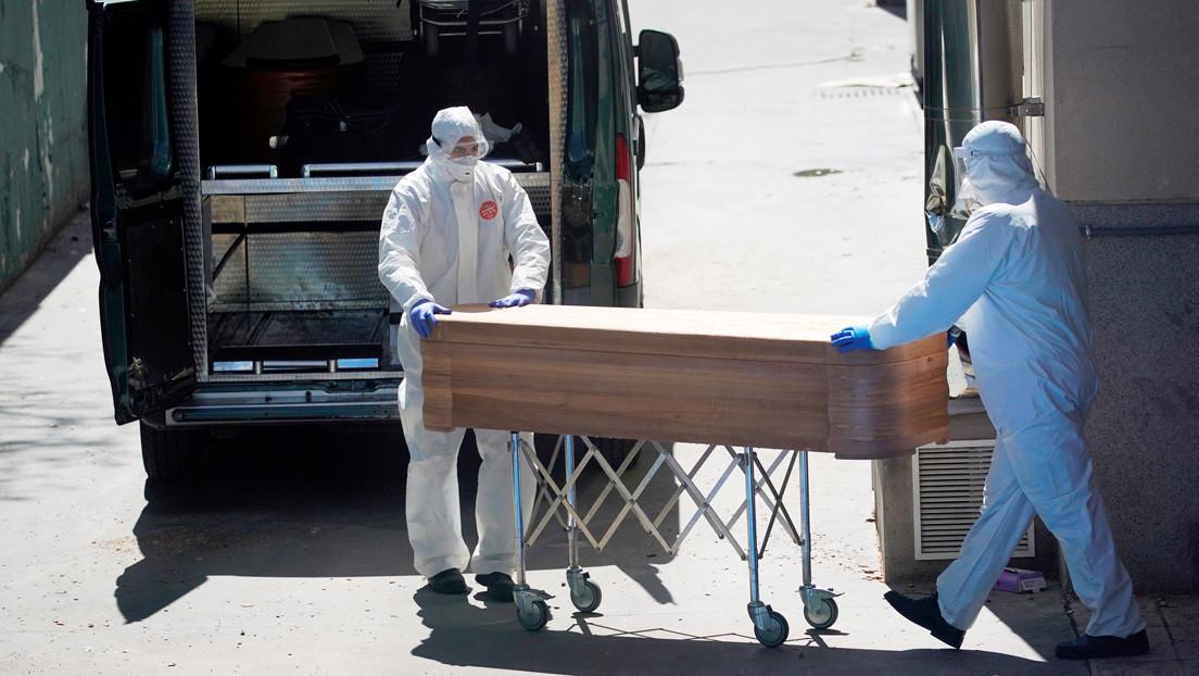 Polémica en España por las cifras que deja el coronavirus: ¿por qué no se incluyen a los miles de ancianos fallecidos en residencias?
