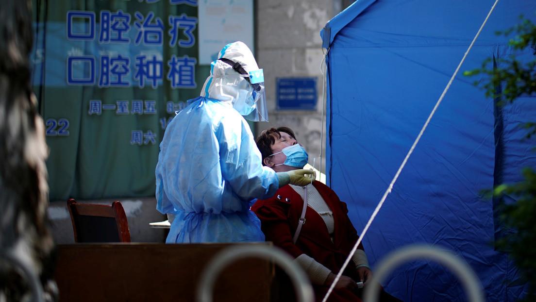 China cancela los ensayos clínicos para lograr un fármaco contra el covid-19 por falta de pacientes