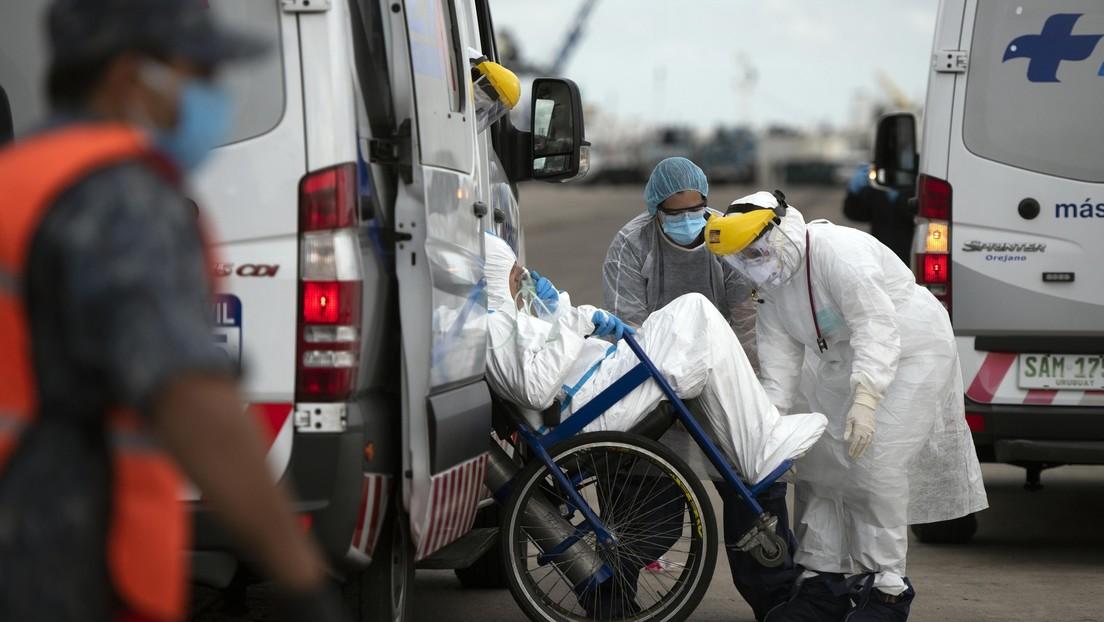 """El director de la OMS afirma que """"el coronavirus estará con nosotros durante mucho tiempo y puede volver a crecer fácilmente"""""""