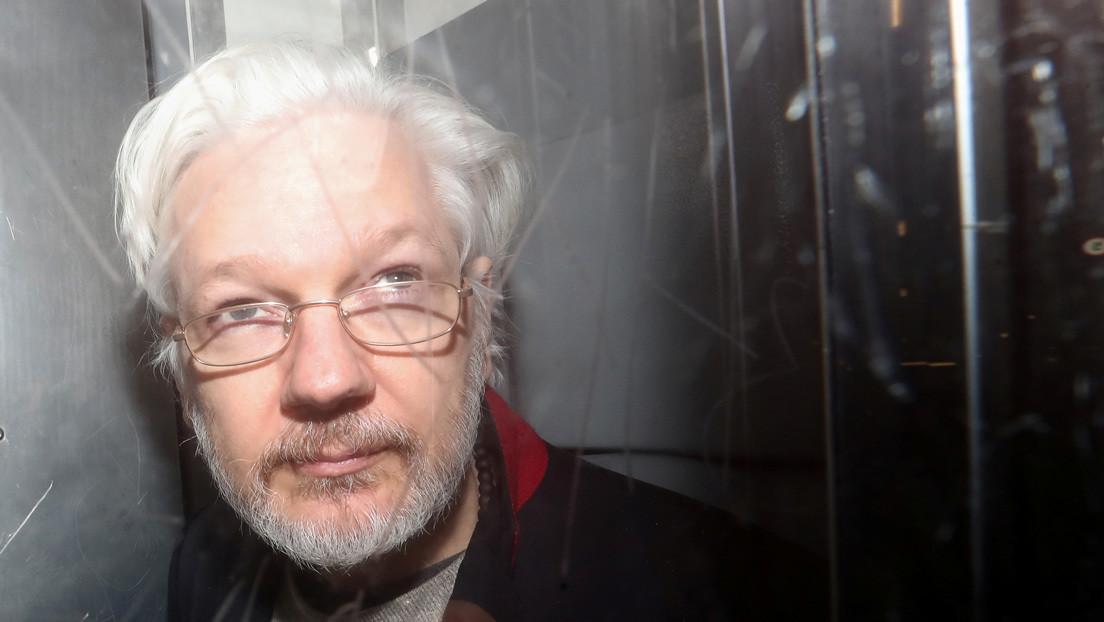Pañales sucios, fotos privadas e informes a la CIA: la empresa española que espió a Assange especuló sobre una posible paternidad oculta
