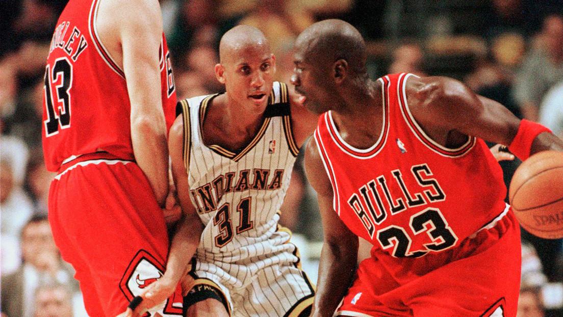 """""""Le daría un puñetazo a Michael Jordan"""": la reacción de un exjugador de la NBA tras ver el nuevo documental sobre los Chicago Bulls"""