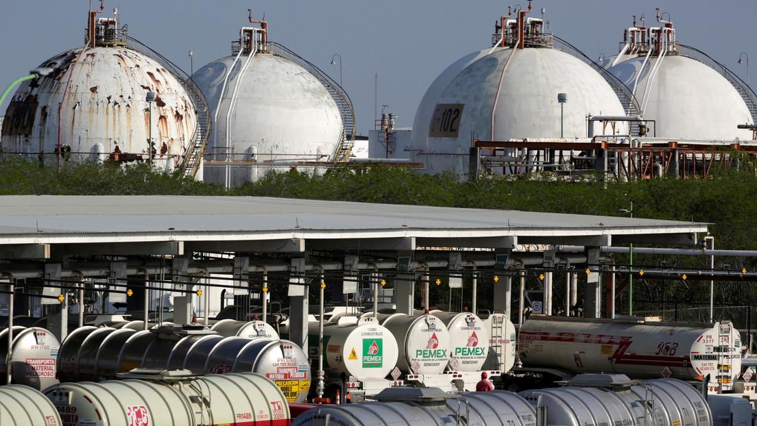El precio del crudo WTI sube más de un 22 % y cotiza por encima de 16 dólares por barril