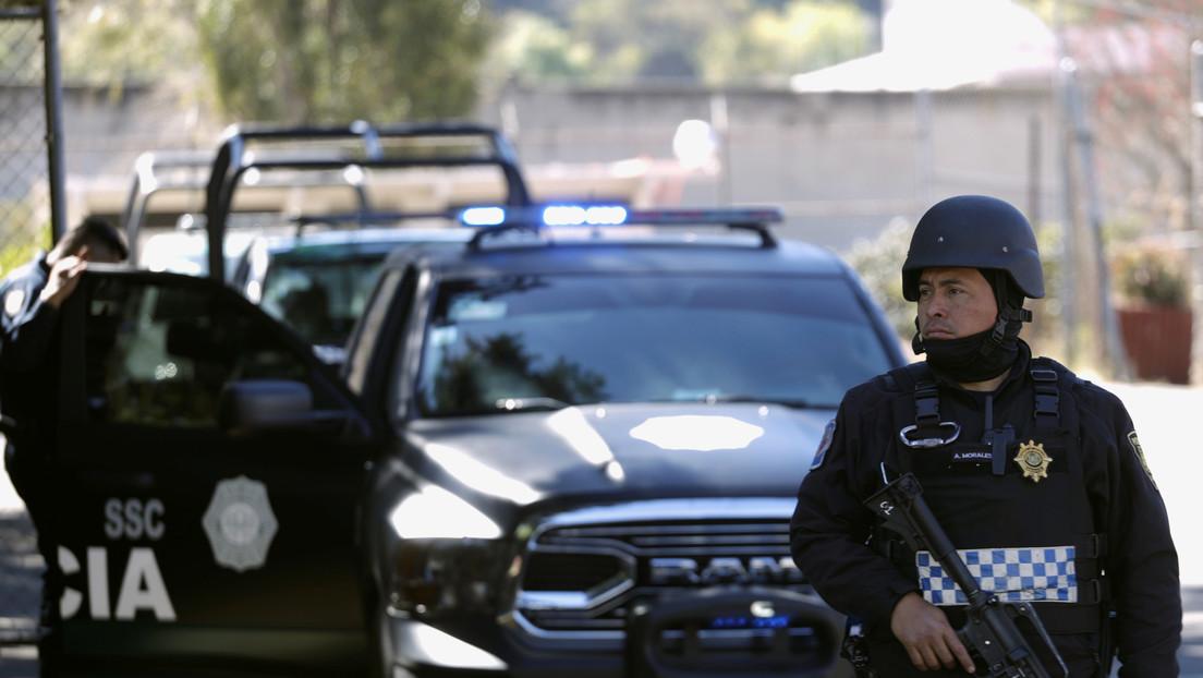 VIDEO: Caen seis presuntos narcomenudistas durante un operativo en la Ciudad de México