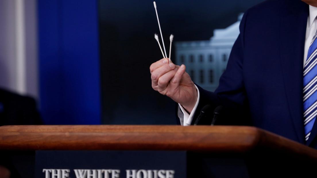 """China tilda de """"mentiroso sin credibilidad"""" al asesor comercial de EE.UU. tras sus comentarios sobre la propagación del covid-19"""