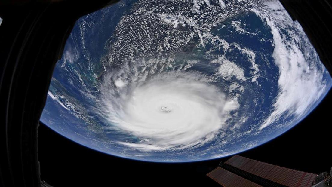 El cambio climático disminuirá la velocidad de los huracanes, lo que podría aumentar las inundaciones al incrementarse la duración de las tormentas