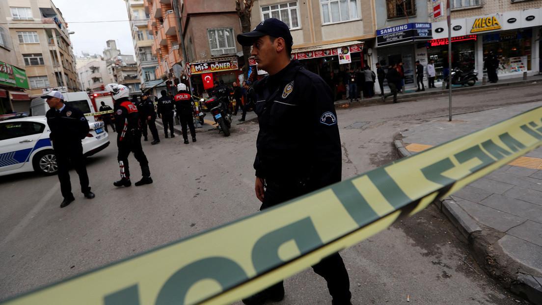 Un atentado con camión-bomba en la ciudad siria de Afrín deja al menos 40 muertos y numerosos heridos
