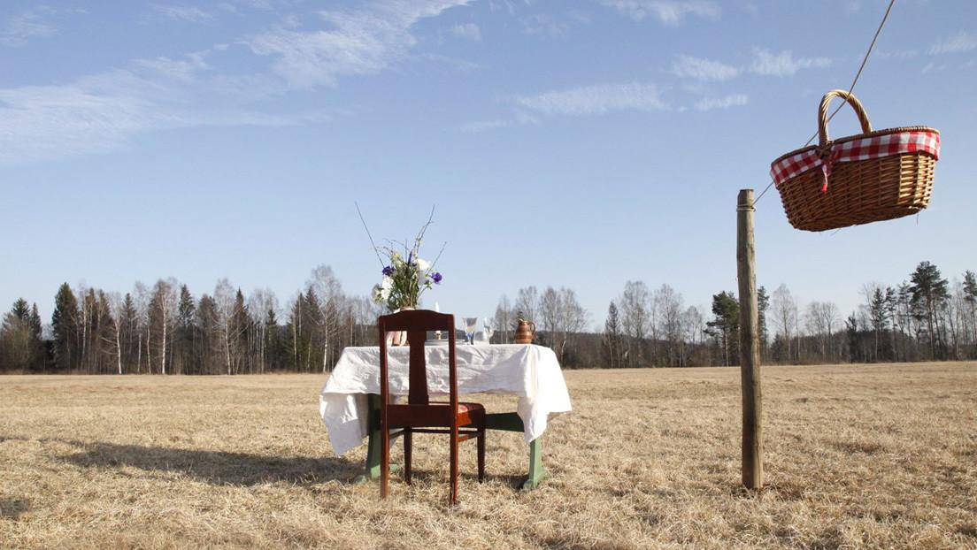 Una sola mesa, un comensal y sin contacto humano: así es un restaurante sueco 'inspirado' por el coronavirus