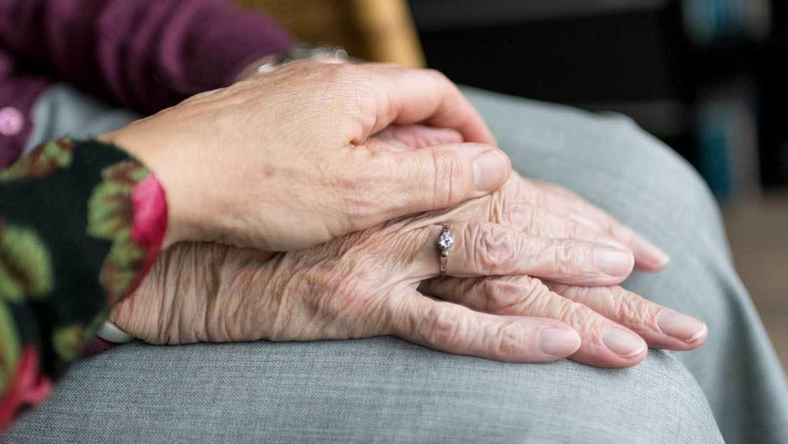 Fallece el mismo día un matrimonio de ancianos con covid-19 que estaban internados juntos en un hospital