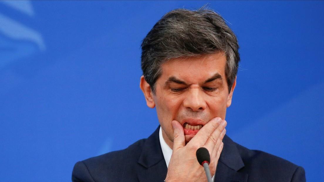 Ministro de Salud afirma que Brasil podría alcanzar las 1.000 muertes diarias por coronavirus