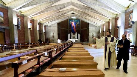 Cierra el principal crematorio de Milán por un mes debido a la gran cantidad de cuerpos pendientes de incinerar