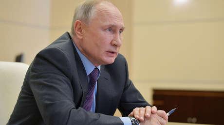 """Putin: """"Aún no hemos superado el pico de la epidemia de coronavirus, y es de vital importancia aprender de los errores de otros"""""""