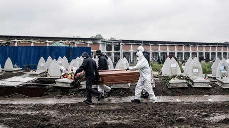 Baja por primera vez desde el inicio de la pandemia el número de casos positivos activos de covid-19 en Italia