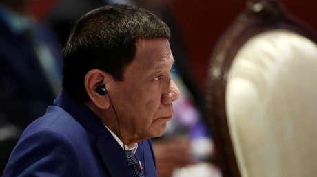 Duterte amenaza con la ley marcial tras el asesinato de soldados que entregaban ayuda por el covid-19