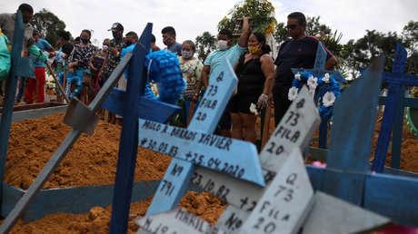 Brasil registra la mayor cantidad de muertos por coronavirus en un día y ya supera a China en el total de decesos