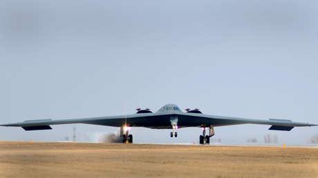 EE.UU. asegura que sus bombarderos y armas nucleares están listos para entrar en acción pese a la pandemia