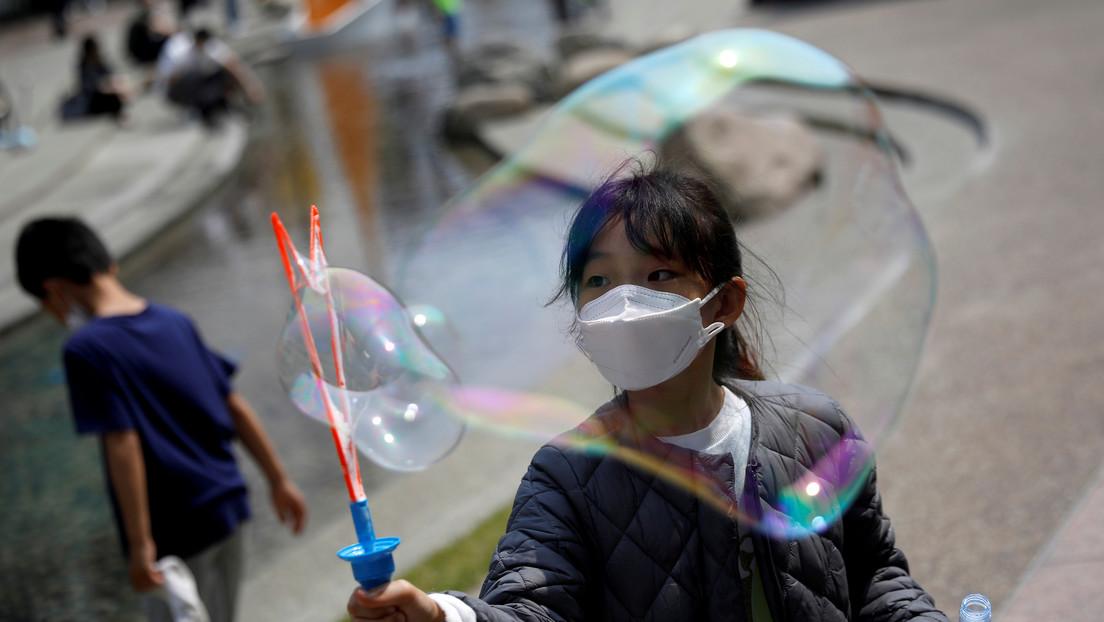 Un informe predice hasta dos años más de pandemia y describe tres posibles escenarios de futuro