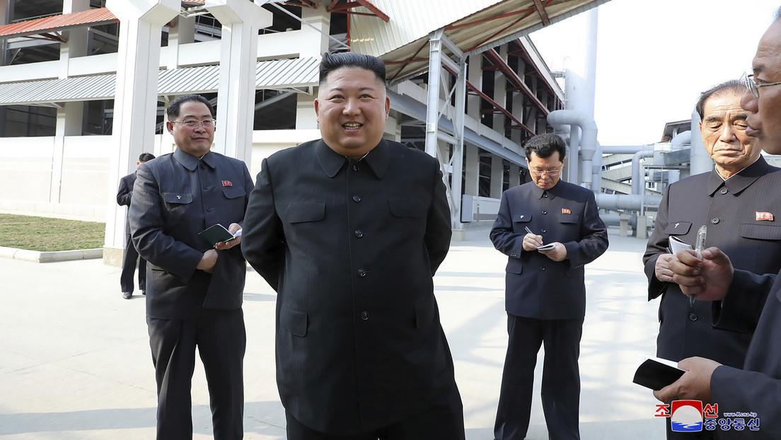 Primeras imágenes de Kim Jong-un tras 20 días de ausencia en público