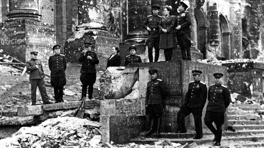 'Comandantes de la Victoria': Ministerio de Defensa ruso publica fotos únicas de los jefes militares soviéticos en 1945