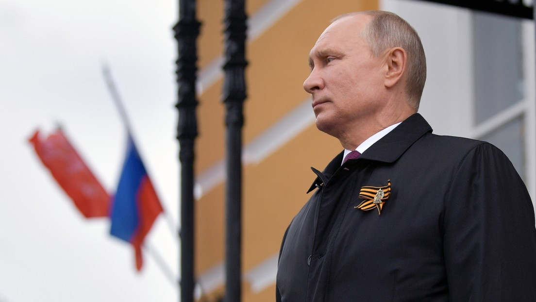 """Putin cuenta qué cuadro le """"conmovió hasta las lágrimas"""" (FOTO)"""