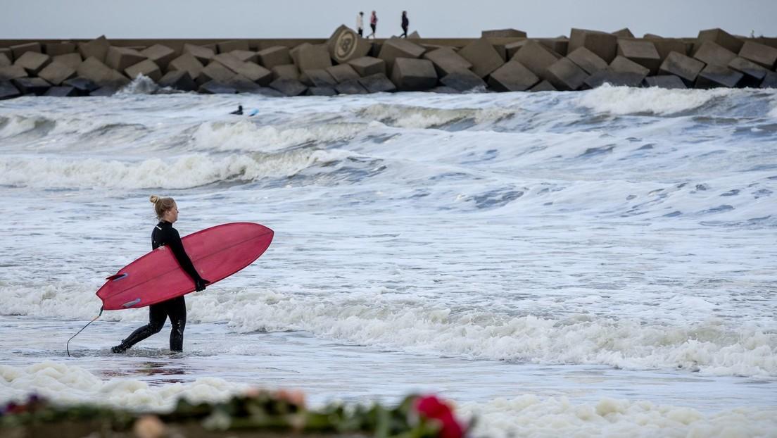 Al menos cinco experimentados surfistas mueren en Países Bajos en medio de una tormenta