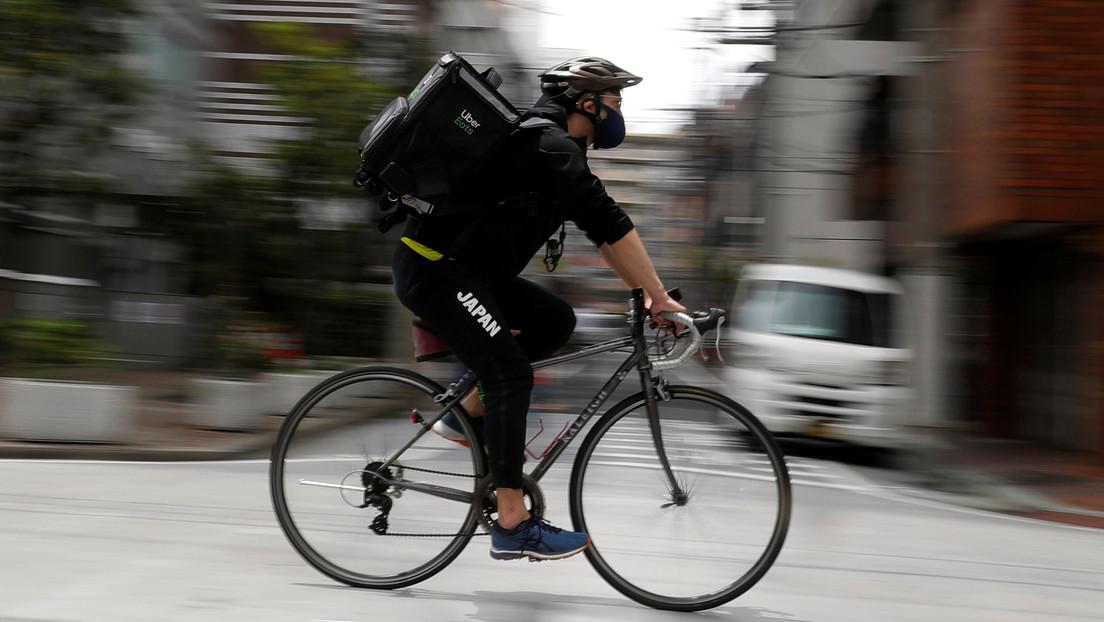 Medallista olímpico trabaja como repartidor de comida para sobrevivir durante la cuarentena por el covid-19 en Japón