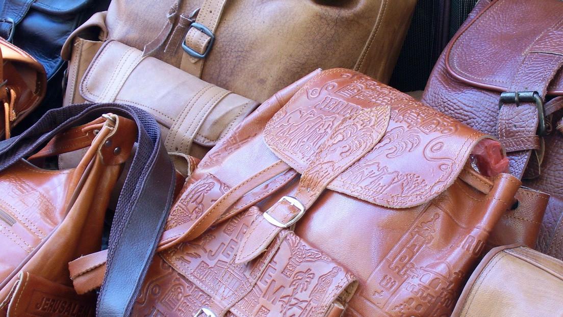 FOTOS: Una tienda de accesorios de cuero sufre una invasión de hongos durante la cuarentena