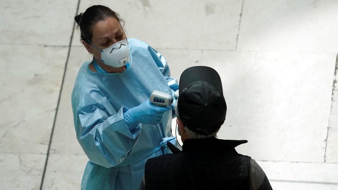 """""""Lo más duro fue que no pudieran despedirse al morir"""": Habla una auxiliar de enfermería española en una residencia de ancianos"""