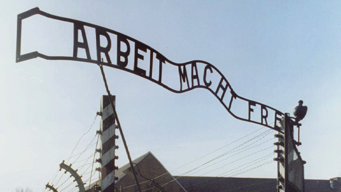 Diplomático de EE.UU. confunde a víctimas del Holocausto con tártaros de Crimea