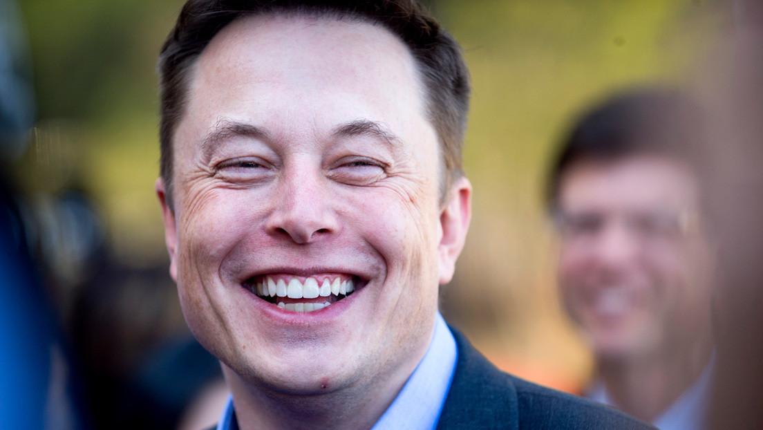 """Tomen la píldora roja"": Elon Musk insta a despertar de la 'Matrix', recibe el apoyo de Ivanka Trump y enfurece a Wachowski"