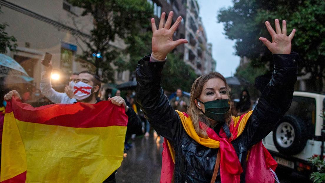 """""""Aquí no caben los fascistas"""": Así rechazó un barrio obrero de Madrid las manifestaciones que alienta la ultraderecha contra el Gobierno de España"""