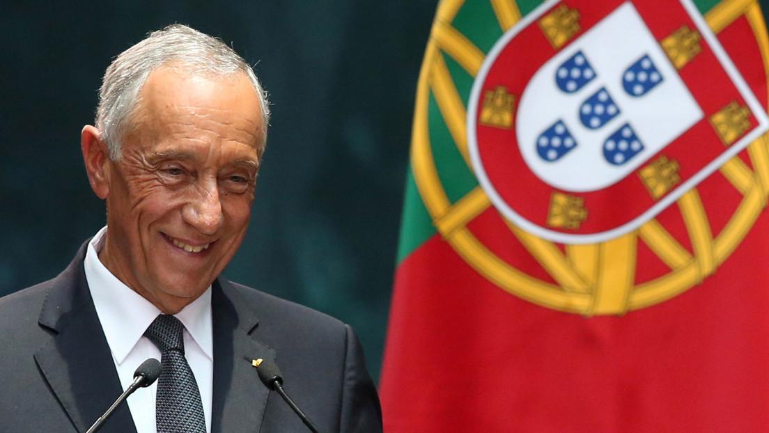 La fotografía del presidente de Portugal que ha dado la vuelta al mundo por su actitud poco habitual entre los políticos