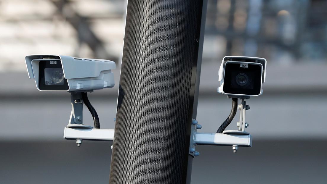 Empleado de seguridad espía a más de 200 clientes en su ámbito privado a lo largo de 7 años y la empresa acaba demandada