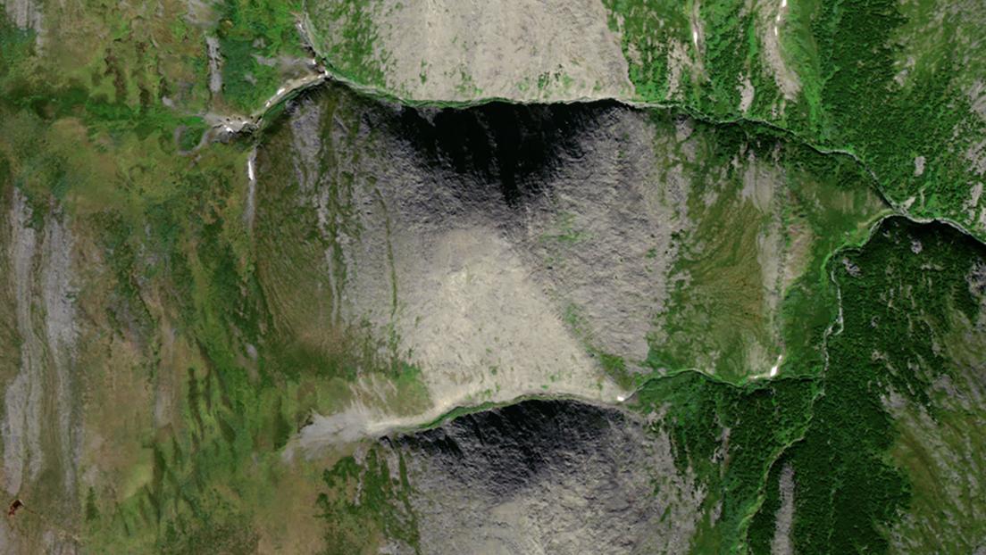 Unos turistas rusos, sorprendidos al ver a través de Google una pirámide natural (que ya estaba en todos los mapas)