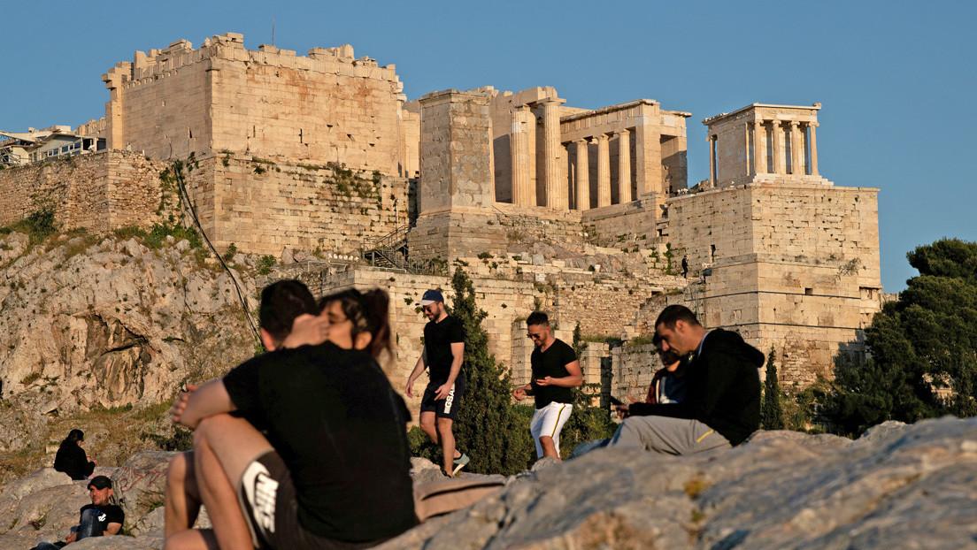 Grecia comenzará a recibir turistas extranjeros el 1 de julio sin obligar a cuarentena