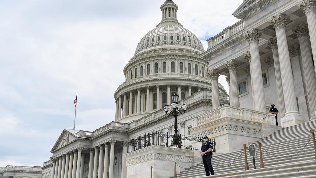El Senado aprueba un proyecto de ley que podría eliminar a empresas chinas de las bolsas de EE.UU.