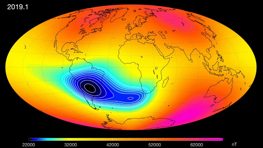 Confirman que el campo magnético de la Tierra se debilita (y la zona más afectada se expande sobre América del Sur)