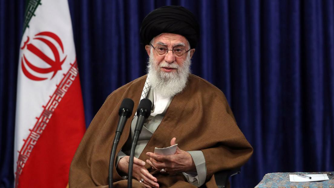 """Jameneí: """"La ocupación de Palestina por Israel es un tumor y ningún crimen de lesa humanidad de los últimos tiempos lo iguala por alcance y gravedad"""""""