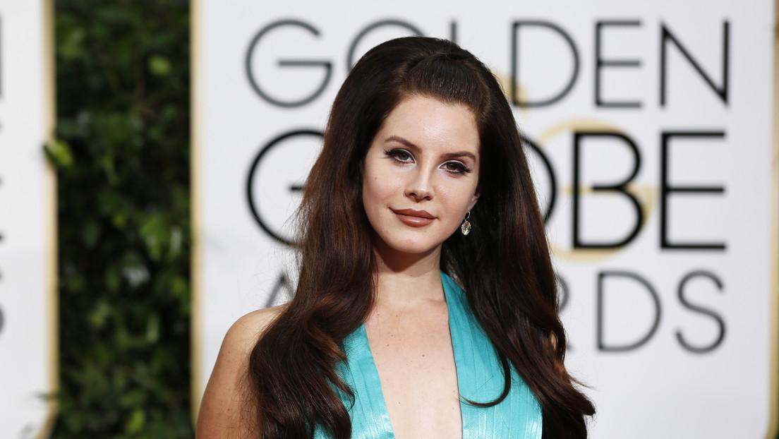 """Lana del Rey se queja de que la acusen de """"glamurizar el abuso"""" y recibe nuevas acusaciones tras criticar a Beyoncé y Ariana Grande"""