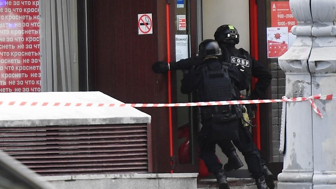 VIDEO: Momento en el que las fuerzas especiales irrumpen en el banco de Moscú donde fueron tomados rehenes