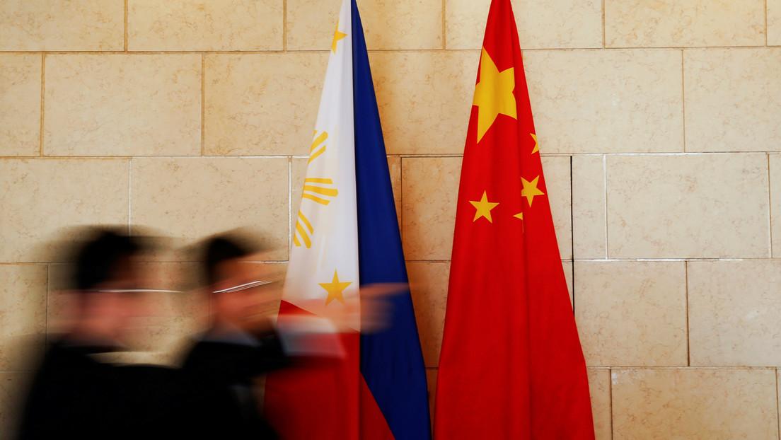 Cómo el aliado militar más antiguo de EE.UU. en Asia se aleja de Washington para acercarse a Pekín