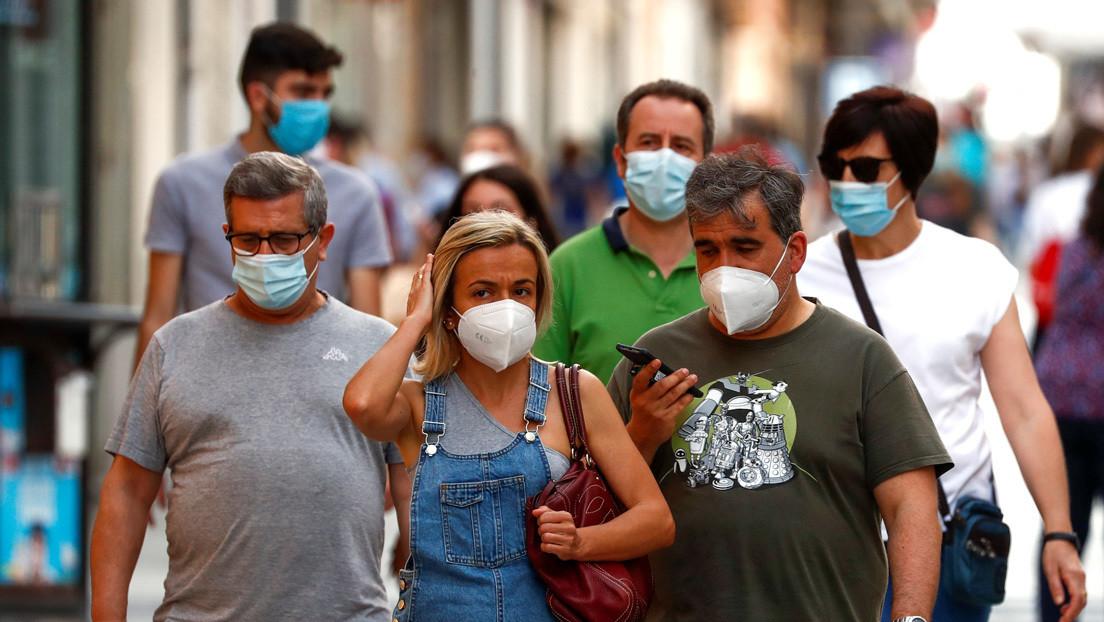 Un infectólogo asegura que el covid-19 está en su fase final en España