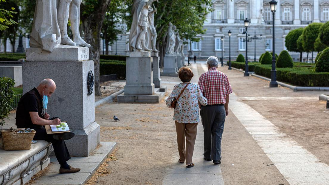 España registra un sensible descenso hasta los 132 positivos y 50 fallecimientos por coronavirus en 24 horas