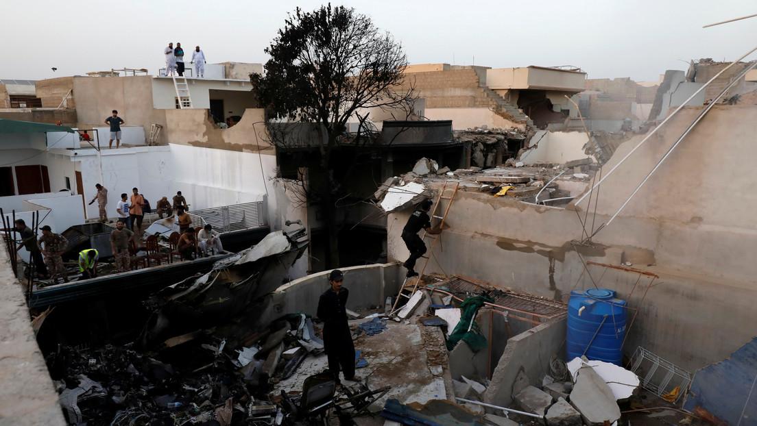 Una modelo presuntamente fallecida en el accidente del avión pakistaní recibe ataques en la Red por su profesión