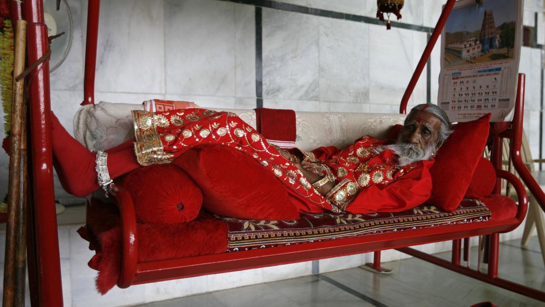 Muere un asceta indio que afirmaba llevar 8 décadas sin comer ni beber