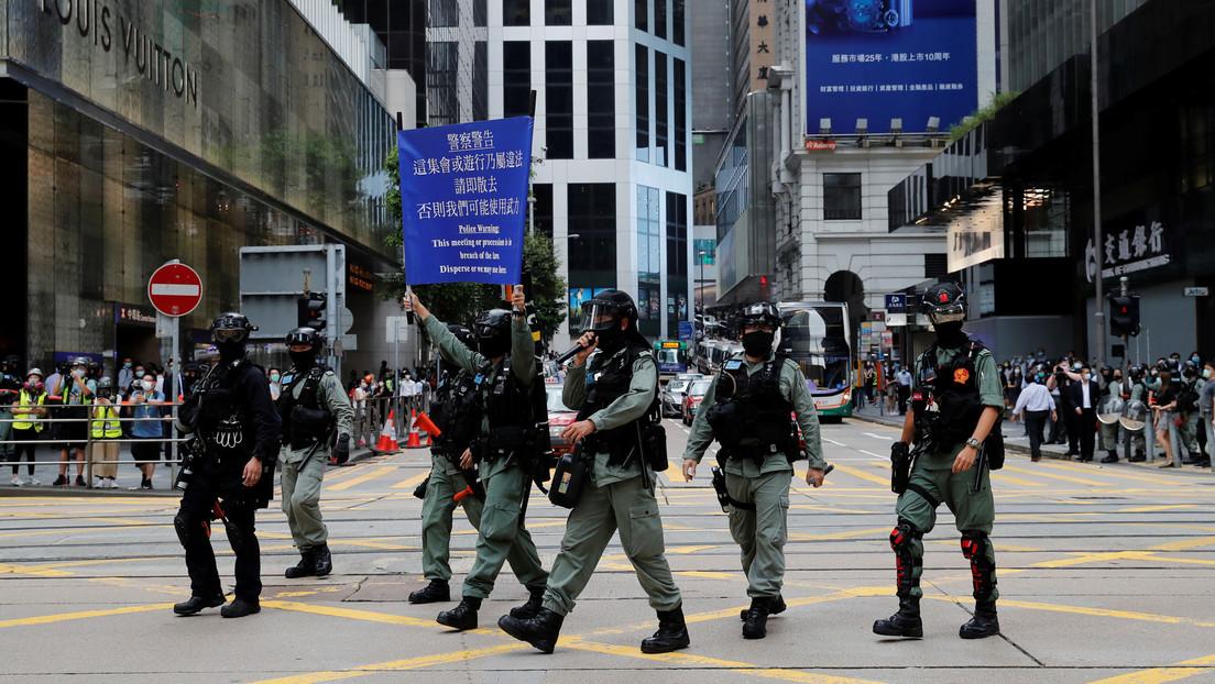 """Exdiplomático: """"Hong Kong es un peón en el tablero de ajedrez geopolítico entre EE.UU. y China"""""""