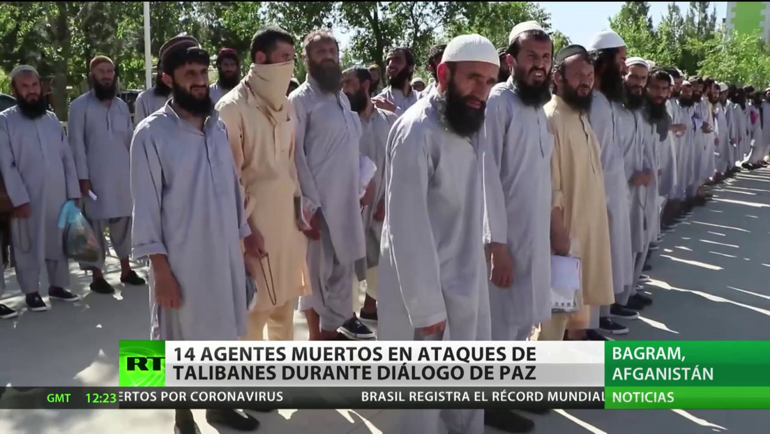 Afganistán: Doble ataque deja 14 agentes muertos en medio de las negociaciones de paz